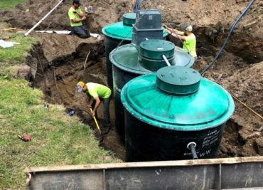 https://walnutgroveexcavating.com/wp-content/uploads/2020/01/lowell-mi-septic-tank-installation-370x267.jpg
